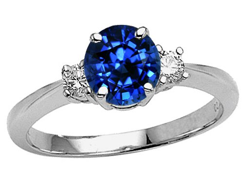 Catch Trendy Designs Of Engagement Rings By The Designers