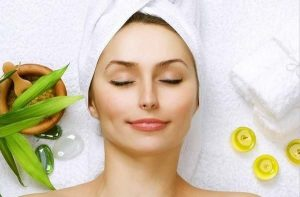 The Best Natural Remedies To Lighten Your Skin