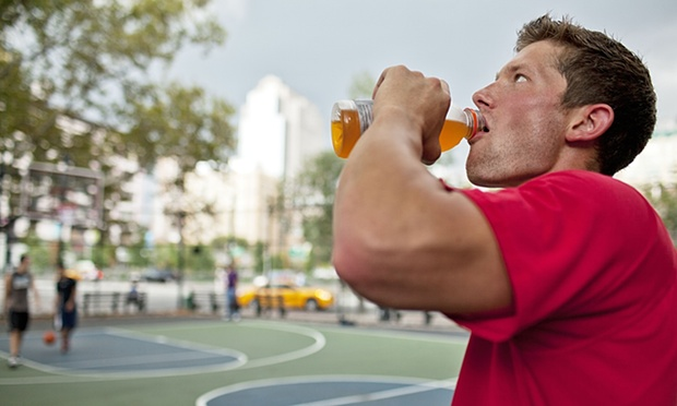 5 Things That We Should Avoid From Health and Sports Drinks