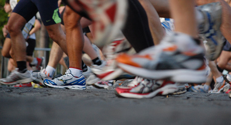 Choosing Proper Running Shoes to Manage Impacts