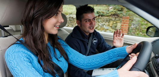 A Guide To Becoming A Driving Instructor