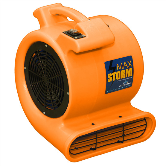 Why Does Your Business Janitor Need An Air Blower