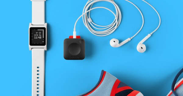 """Pebble Announce 2 New Smart Watches And A GPS-Enabled Device For Runners And """"Hackers"""""""