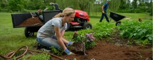 Find The Expert Gardener You Need With Online Convenience