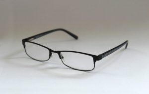 how to read mortgage paperwork - glasses