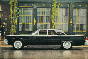 Get Back To Tradition This Christmas With A Lincoln Continental