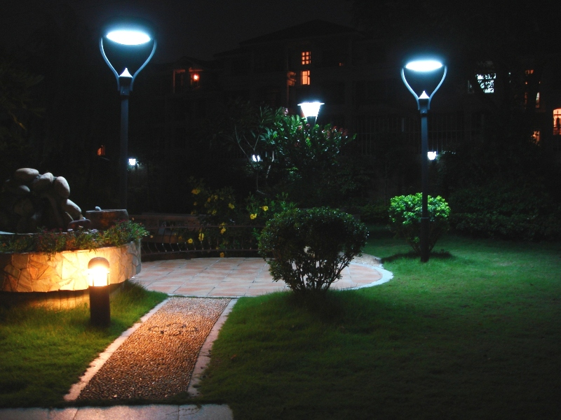 TOP PICKS FOR OUTDOOR SOLAR LIGHT ILLUMINATION