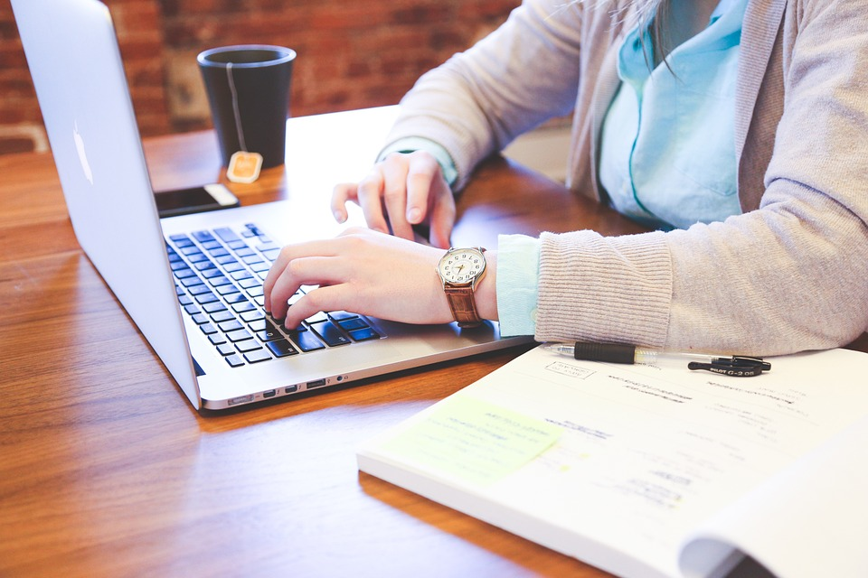 Legal Advice for Businesses On Digital Marketing Strategy