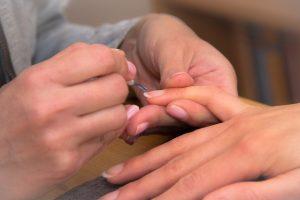 8 Ways To Naturally Strengthen Nails